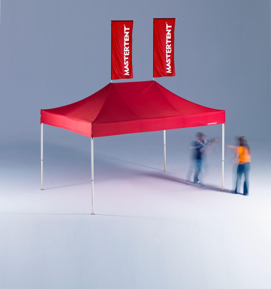 Zelt rot 2 Fahnen